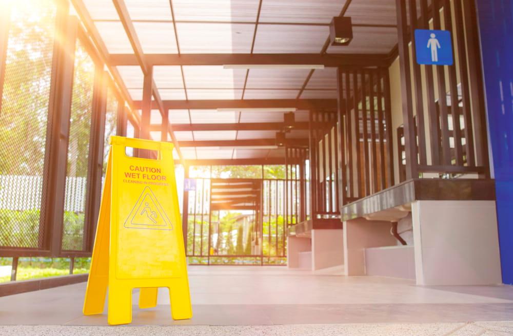 NR 26: Sinalização de segurança: equipamentos de proteção.